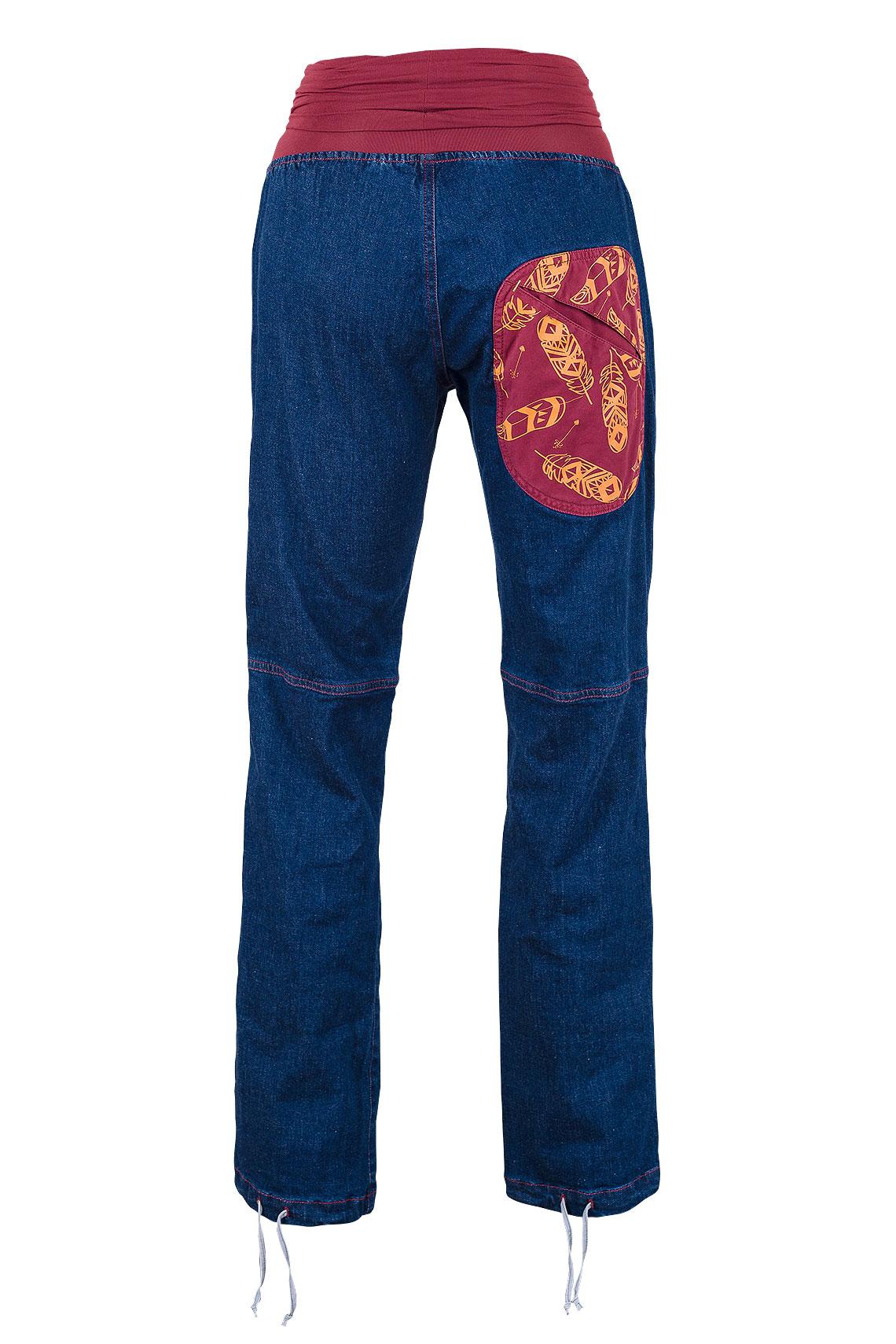 NYE_LADY_BACK_jeans